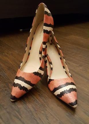 Кожаные туфли minelli - 38р.