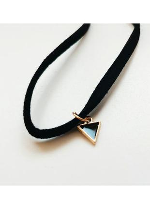 Ретро украшение чокер с подвеской в форме треугольника1