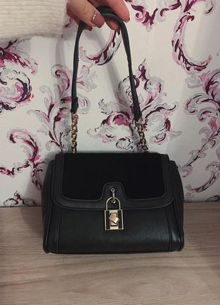 Чёрная кожаная сумка2