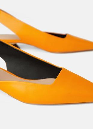Кожаные туфли босоножки zara с ремешком6