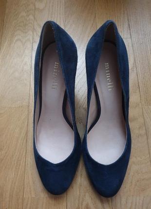 Туфлі із натуральної замші.3