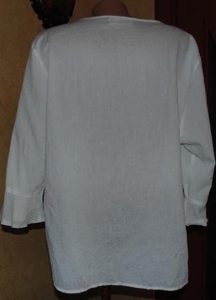 Нежная белоснежная  блузка  44-46 евро ботал!!!!3