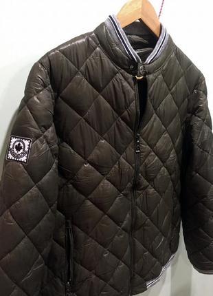 Продам новую курточку бомпер цвета хаки2
