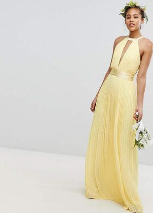 Плиссированное платье макси с перекрестной отделкой и бантом на спине tfnc1