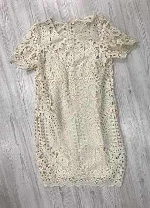 Кружевное платье футляр3