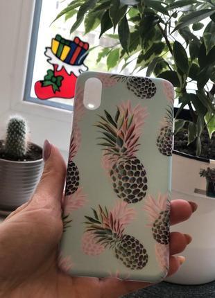 Классный силиконовый чехол бампер с ананасами яркий летний на айфон 10  х1