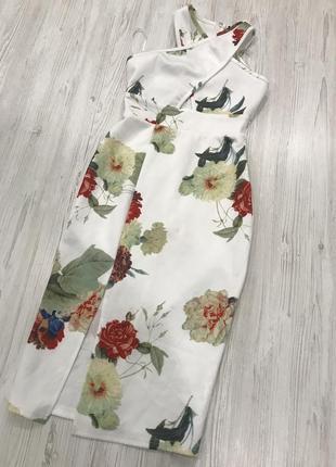 Нежное цветочное платье миди1