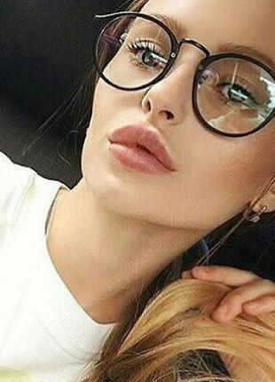 Стильные имиджевые очки в черной матовой оправе в стиле marc jacobs