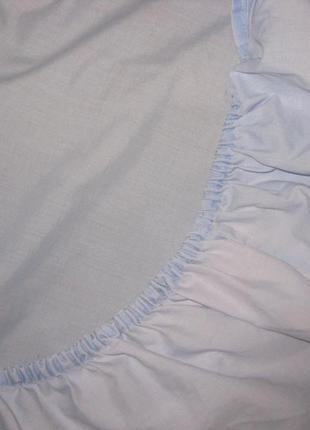 Простынь на резинке размером 135*195 см