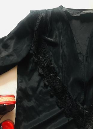 Крутая блуза с подплечниками тренд сезона2 фото