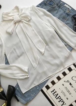 Белая нарядная блуза с бантом и воротником стоечкой от gok for tu размер м/10/38.
