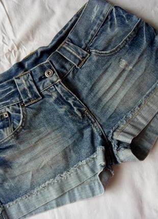Стильные джинсовые шортики от bay