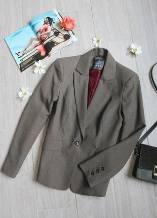 Коричневый новый пиджак/жакет от бренда atmosphere