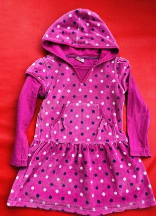 Яркое велюровое платье с длинным рукавом на  92-104 рост