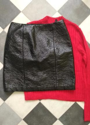 Крутая юбка под кожу с лаковым напылением от h&m3 фото