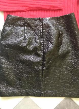 Крутая юбка под кожу с лаковым напылением от h&m4 фото