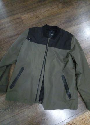 Бомбер куртка утепленная