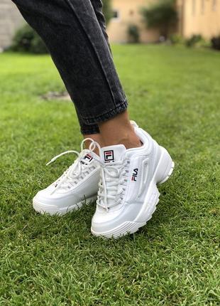 Белые кроссовки fila disruptor 2