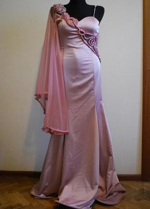 Безумно красивое вечернее выпускное розовое платье в пол. размер 44-46