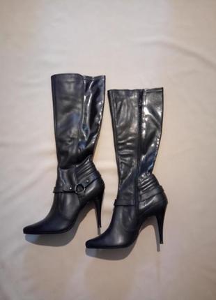 Новые кожаные сапоги размер uk 6 (39)