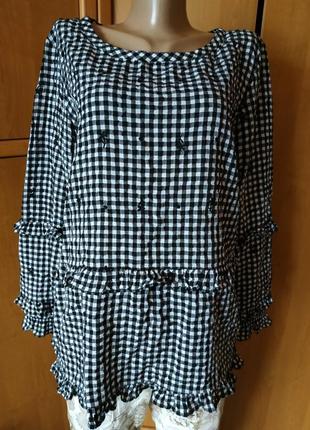 Красивая блуза с вышивкой и рюшами от next р.16
