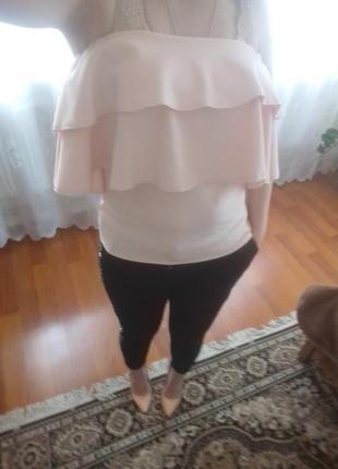 Супер блузочка з рюшами.