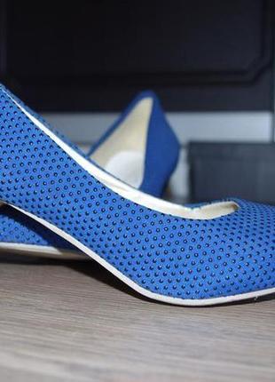 Оригінальні сині туфлі