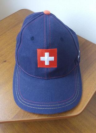 Кепка и бейсболка швейцария
