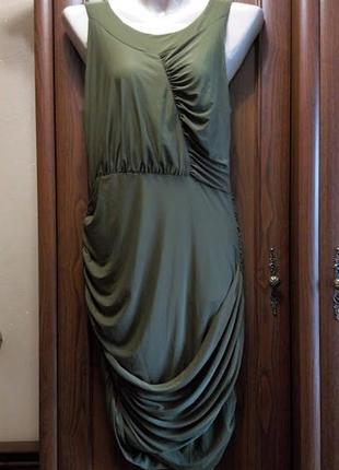 Вечернее стрейчевое облегающее короткое платье присборенное масло хаки missguided