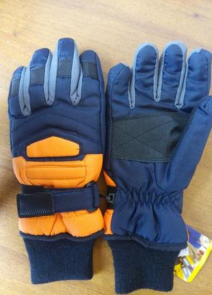 Рукавиця и варежка и перчаток из чехія
