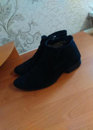 Замшевые ботинки (туфли)