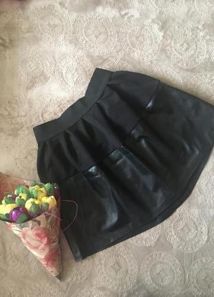 Красивая кожзам юбка