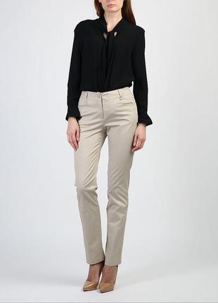 Идеальные базовые бежевые брюки прямого кроя джинсы