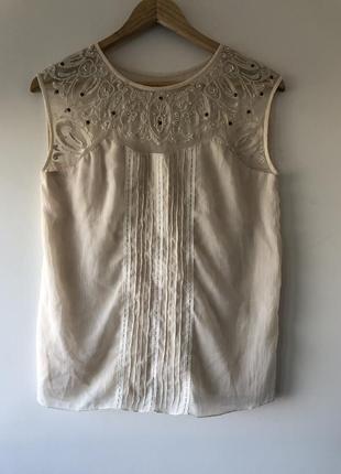 Шикарная блузка с коротким рукавом s-m