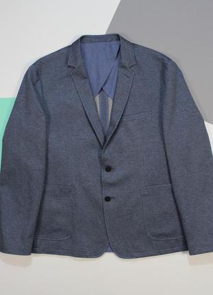 Четкий приталенный блейзер с накладными карманами от acw