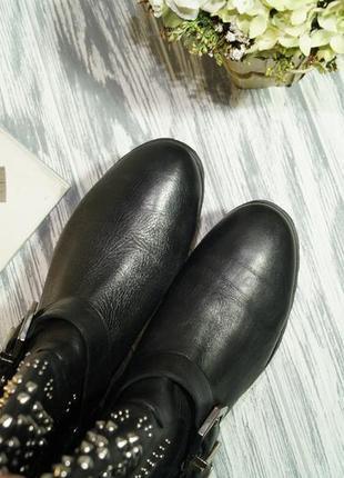 Zara. кожа. крутые ботинки на низком ходу5 фото
