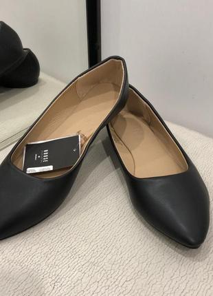 Удобные туфли чёрные балетки. house. размеры уточняйте.