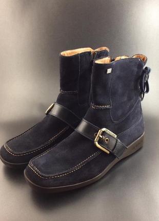 Tommy hilfiger стильні черевики, 38 розмір