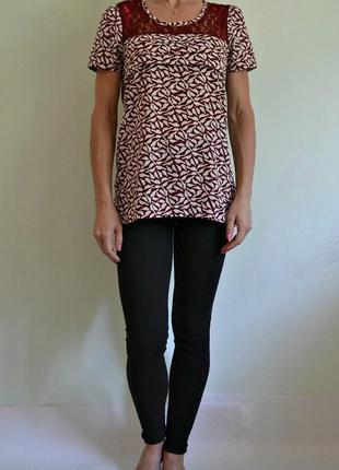 Лёгкая блуза с кружевом