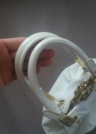 Біла сумочка3 фото
