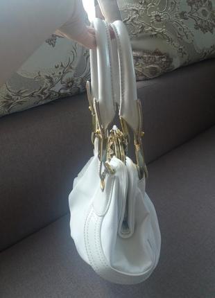 Біла сумочка4 фото