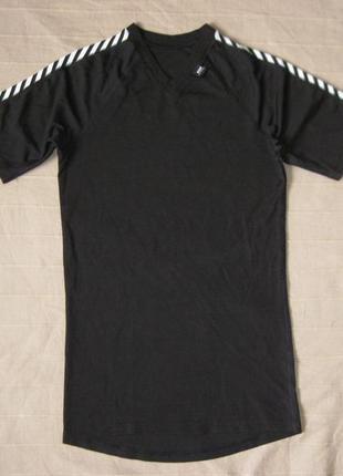 Helly hansen (m/38/40) спортивная футболка женская