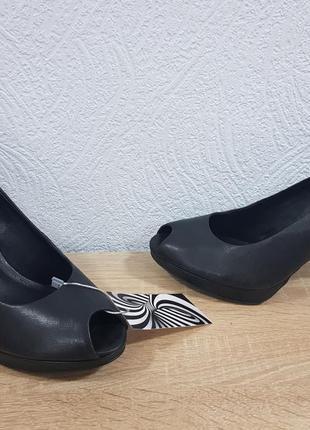 Женские оригинальные туфли ессо