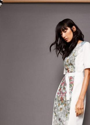 Стильное платье миди футляр со вставкой в цветы2 фото