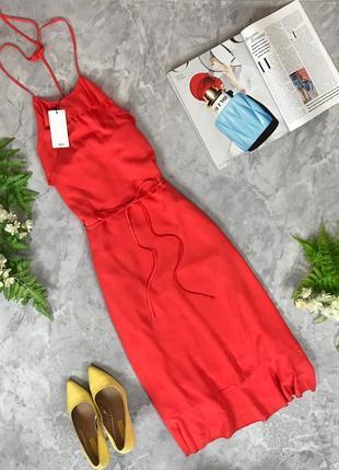 Нежное струящееся платье под пояс на тонких бретелях  dr1916062  mango