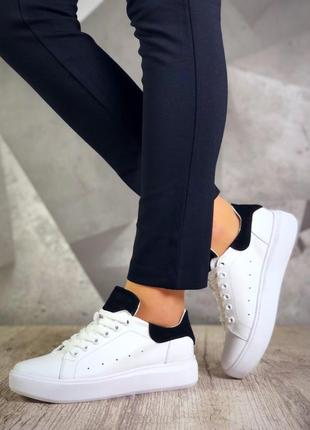 Базовые кожаные кроссовки кеды