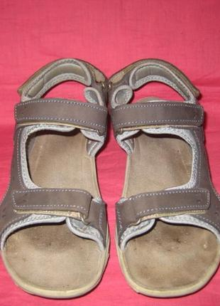 Фирменные кожаные босоножки gosoft (оригинал) - 38 размер