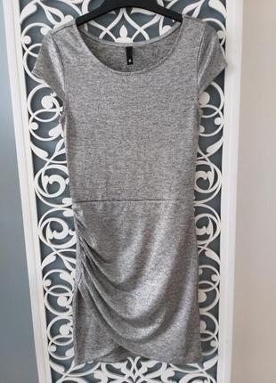 Серое платье с отливом h&m