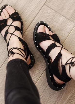 Кожа. замша. стильные босоножки с актуальной шнуровкой2 фото