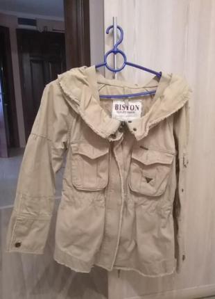 Весенняя куртка с капюшоном3 фото